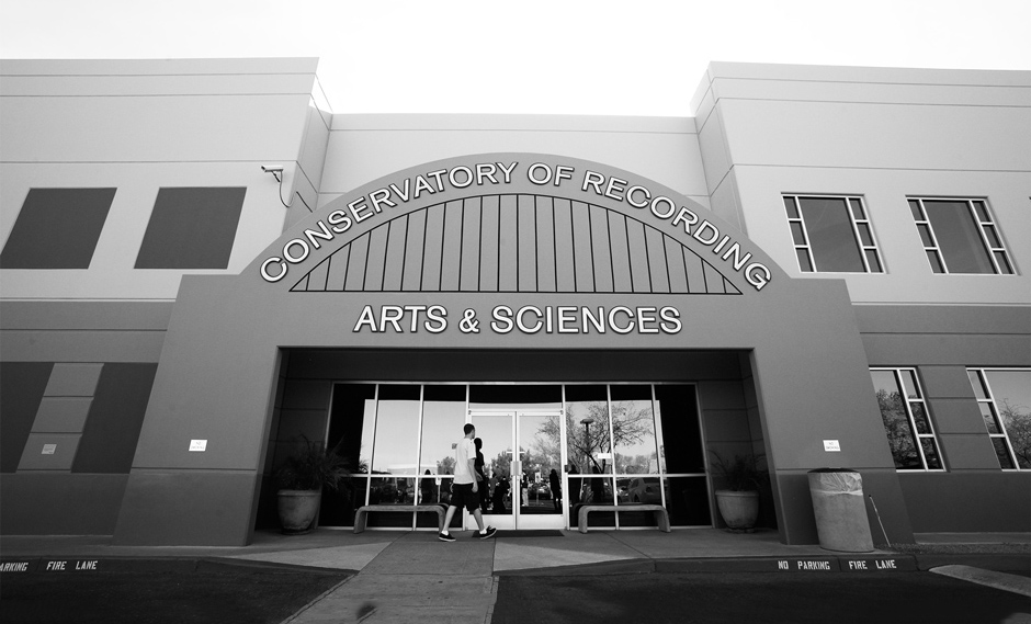 Exterior view of the front of the CRAS Gilbert satellite campus.